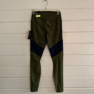 Nike Pants - Nike Athletic Leggings Size xs